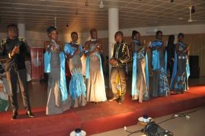 Alpha O-Festival Africa Mode