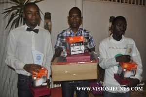 Le trio gagnant du prix du jeune écrivain guinéen