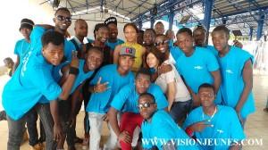 Impulse It : La victoire de Soul Bang's célébrée à Bolloré Depuis Conakry, les admirateurs et fans du Soul Bang's n'ont pas été étonné de la grosse victoire que l'artiste rapporte à son pays natale. Toute la nuit en fête,  le fan club Soul Bang's s'est rendu dans l'après midi de ce lundi 1er juin à la Bluezone de Kaloum,  pour dire merci à cette société qui a apporté son soutien à l'artiste.