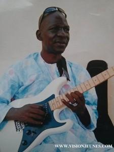 Sandaly Diabaté, guitariste et arrangeur